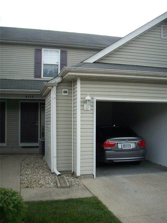 8442 Hague Road #19, Indianapolis, IN 46256 (MLS #21787611) :: The Indy Property Source