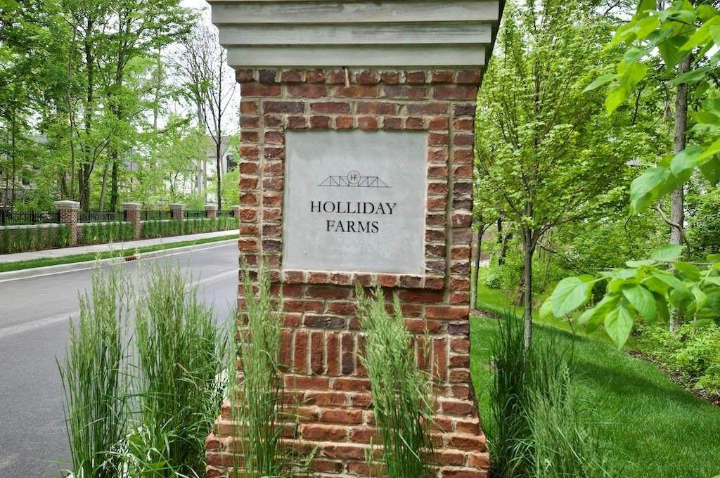 10576 Holliday Farms Boulevard - Photo 1