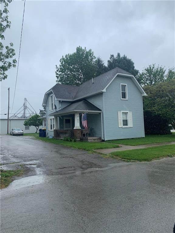 805 S Main Street, Sheridan, IN 46069 (MLS #21788125) :: Dean Wagner Realtors