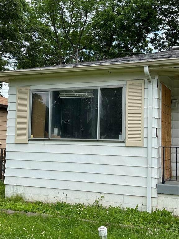 4241 Weaver Avenue, Indianapolis, IN 46227 (MLS #21790405) :: Keller & Corbett Real Estate