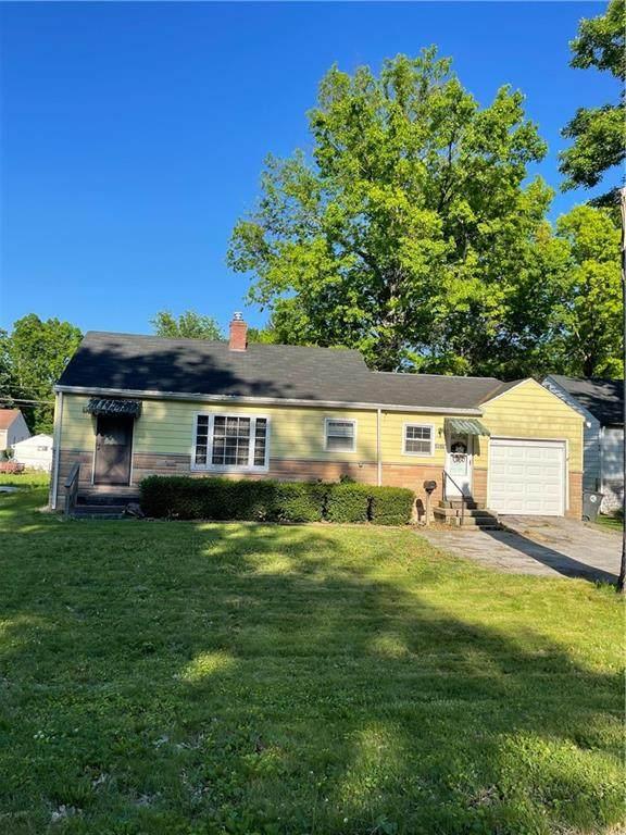 4509 N Longworth Avenue, Lawrence, IN 46226 (MLS #21791564) :: RE/MAX Legacy