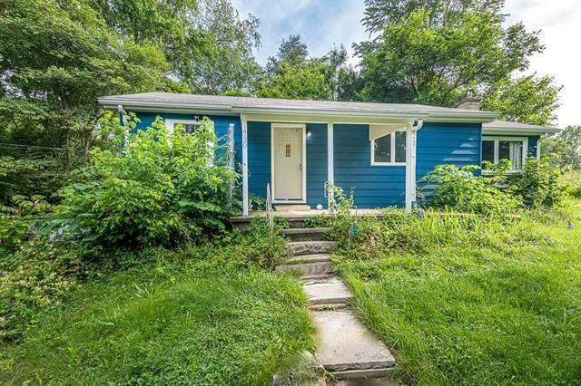 1730 W Allen Street, Bloomington, IN 47403 (MLS #21791925) :: Mike Price Realty Team - RE/MAX Centerstone