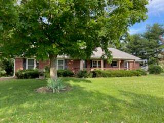 11066 N Eagles Nest Court, Fairland, IN 46126 (MLS #21792137) :: Ferris Property Group