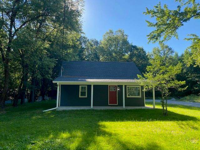 8260 S County Road 1000 West, Crothersville, IN 47229 (MLS #21793769) :: Pennington Realty Team
