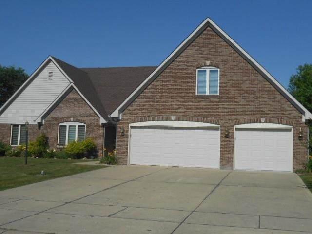 1194 Brookway Drive, Avon, IN 46123 (MLS #21794533) :: David Brenton's Team