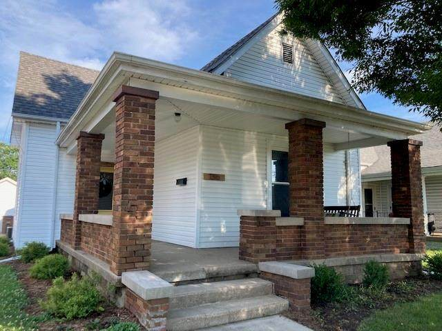 1316 California Street, Columbus, IN 47201 (MLS #21796545) :: Mike Price Realty Team - RE/MAX Centerstone