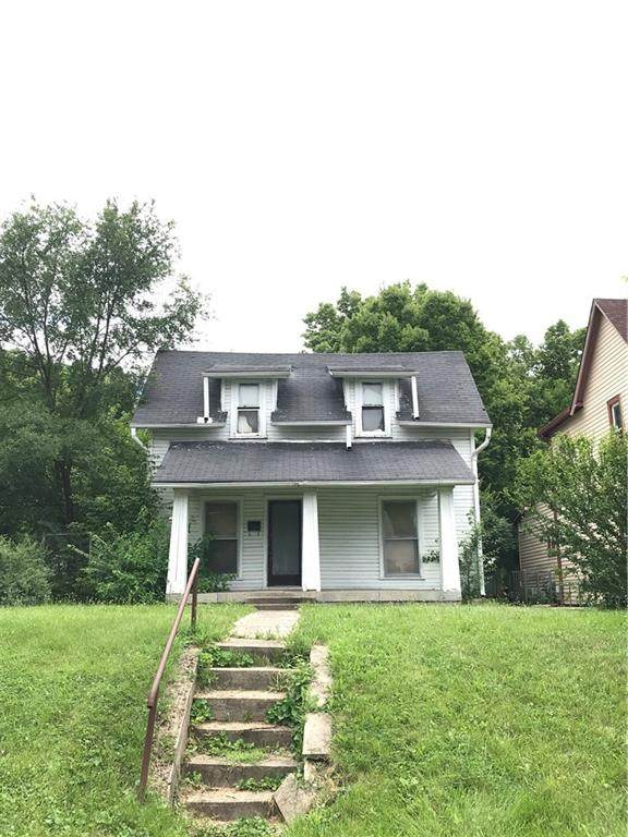 2702 Boulevard Place, Indianapolis, IN 46208 (MLS #21798180) :: The Indy Property Source