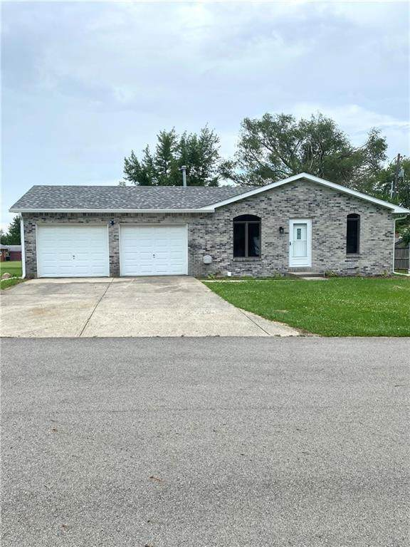 15 Fort, Markleville, IN 46056 (MLS #21798501) :: Mike Price Realty Team - RE/MAX Centerstone