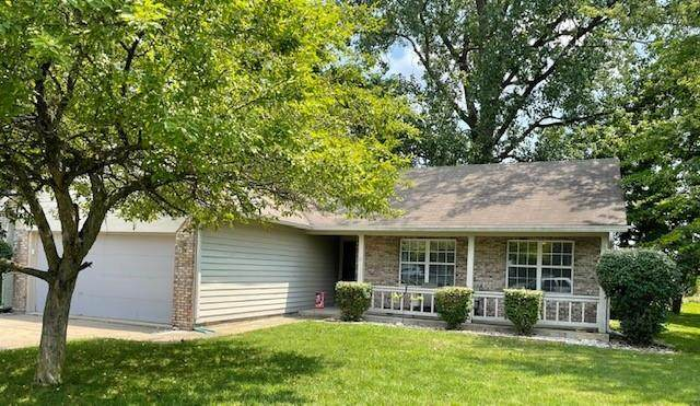 1013 Honeysuckle, Mooresville, IN 46158 (MLS #21798886) :: The Indy Property Source