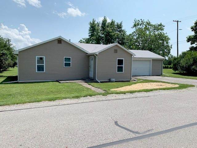 1009 E Third Street, Greenfield, IN 46140 (MLS #21799828) :: Mike Price Realty Team - RE/MAX Centerstone
