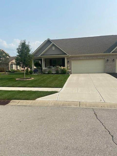 8845 Stepping Stone Way, Avon, IN 46123 (MLS #21800140) :: Mike Price Realty Team - RE/MAX Centerstone