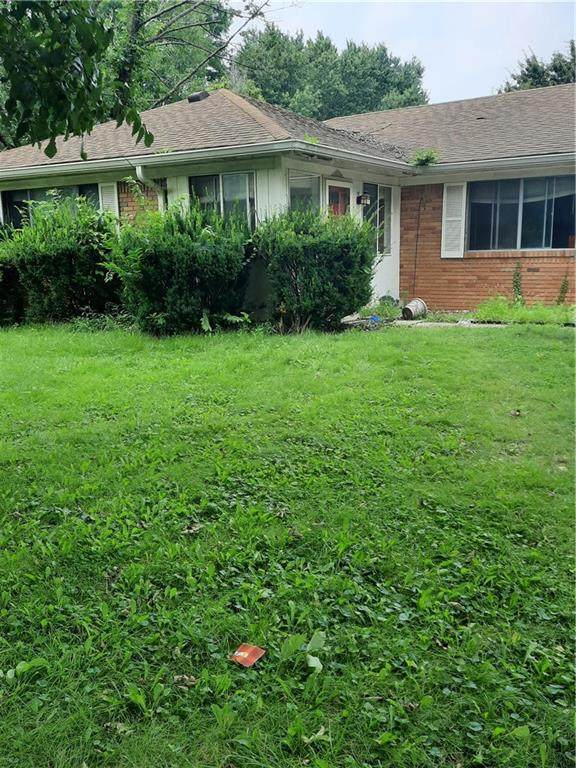 6636 E Beecher Street, Indianapolis, IN 46203 (MLS #21800657) :: Mike Price Realty Team - RE/MAX Centerstone