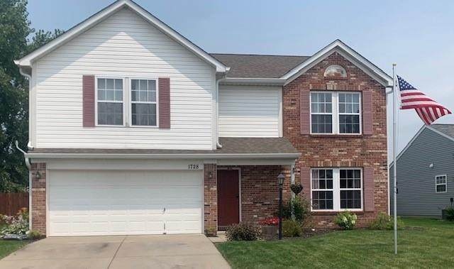 1728 Clover, Lebanon, IN 46052 (MLS #21801227) :: Mike Price Realty Team - RE/MAX Centerstone