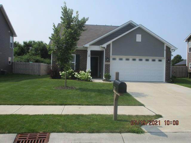 2357 Silver Spur Drive, Greenfield, IN 46140 (MLS #21801315) :: Mike Price Realty Team - RE/MAX Centerstone