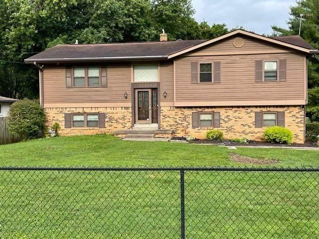 760 N Peterman Road, Greenwood, IN 46142 (MLS #21801336) :: Heard Real Estate Team | eXp Realty, LLC