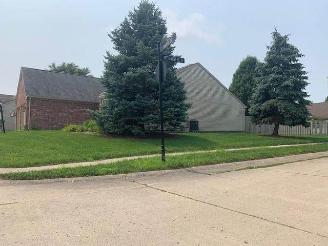 9530 Charter Drive, Indianapolis, IN 46250 (MLS #21801498) :: Heard Real Estate Team | eXp Realty, LLC