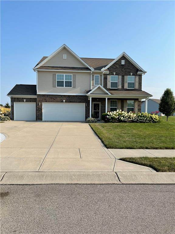 8397 Vyners Lane, Avon, IN 46123 (MLS #21801641) :: The Indy Property Source