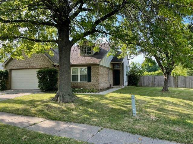 5040 Eagles Watch Drive, Indianapolis, IN 46254 (MLS #21801706) :: Pennington Realty Team
