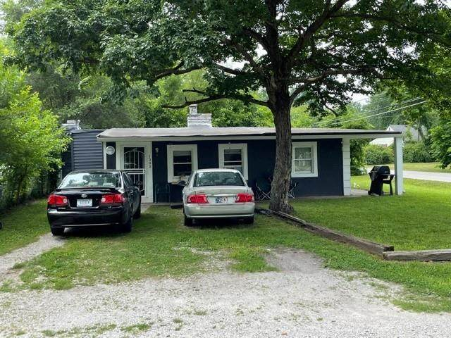 1302 S Riley Avenue, Indianapolis, IN 46203 (MLS #21802193) :: The Indy Property Source