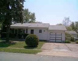 8005 E 36TH Street, Indianapolis, IN 46226 (MLS #21802219) :: Pennington Realty Team