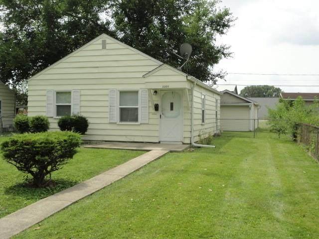 2209 S Vine Street S, Muncie, IN 47302 (MLS #21802361) :: The Indy Property Source