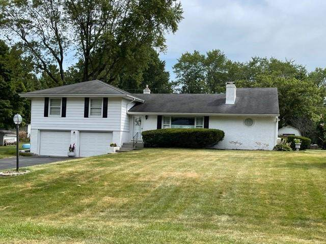 2431 Oakwood Drive, Anderson, IN 46011 (MLS #21805482) :: The Evelo Team