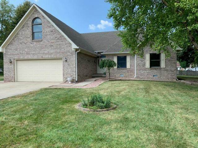 218 Edgewood Court, Pittsboro, IN 46167 (MLS #21808229) :: Mike Price Realty Team - RE/MAX Centerstone