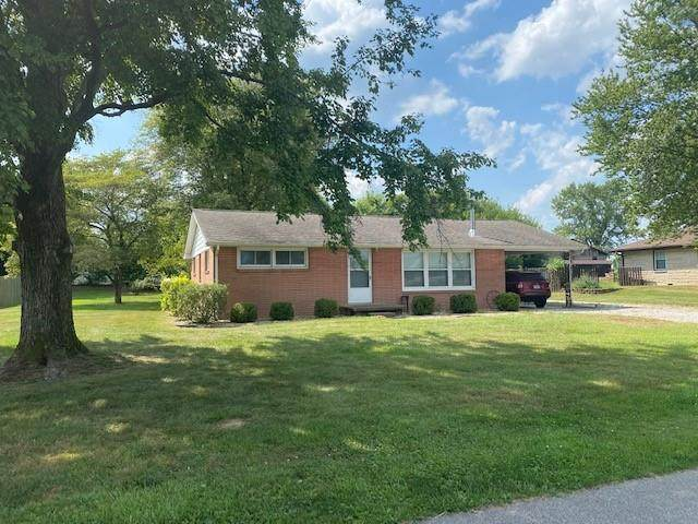 214 Sycamore Drive, Seymour, IN 47274 (MLS #21808947) :: Mike Price Realty Team - RE/MAX Centerstone