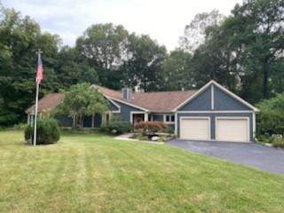 6110 Crooked Creek West Drive Drive, Martinsville, IN 46151 (MLS #21808958) :: Mike Price Realty Team - RE/MAX Centerstone