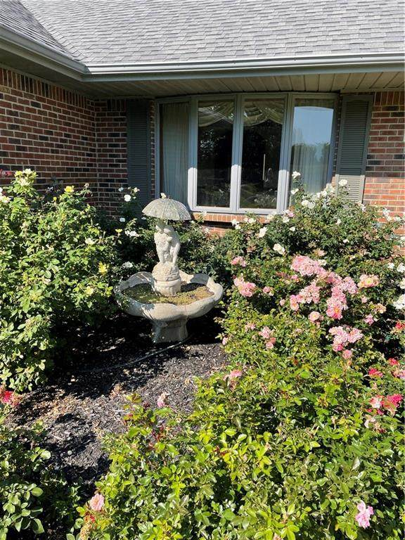 270 Abbey Road, Noblesville, IN 46060 (MLS #21809847) :: Quorum Realty Group