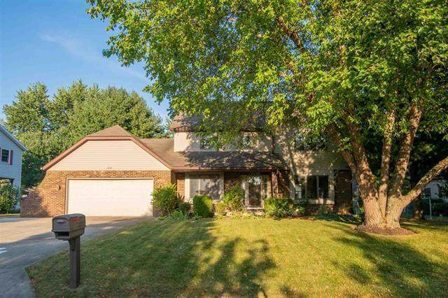 1004 S Wadsworth Court, Yorktown, IN 47396 (MLS #21809943) :: The ORR Home Selling Team