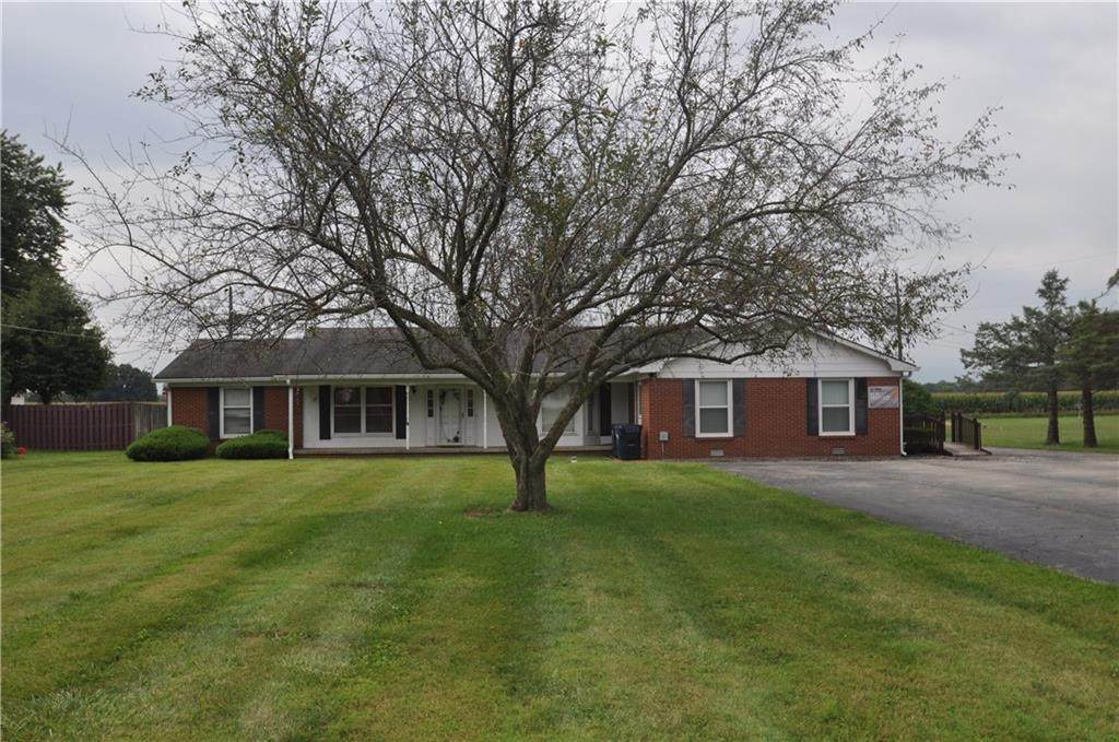 4573 State Road 236 - Photo 1
