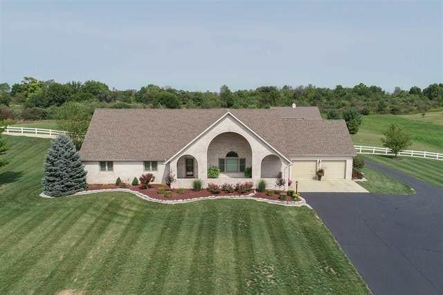 520 E Eaton Wheeling Pike, Eaton, IN 47338 (MLS #21810821) :: The ORR Home Selling Team