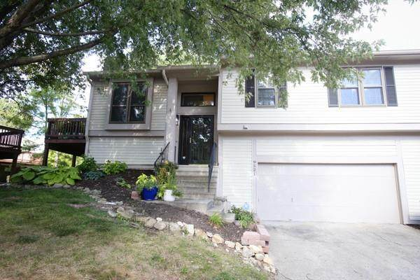 9521 Bay Vista W Drive, Indianapolis, IN 46250 (MLS #21811504) :: Richwine Elite Group