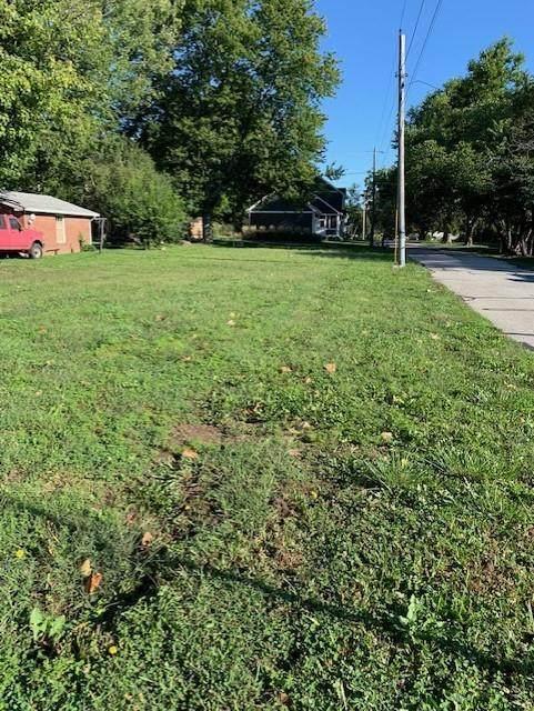 236 Penn Street, Westfield, IN 46074 (MLS #21811701) :: The Evelo Team