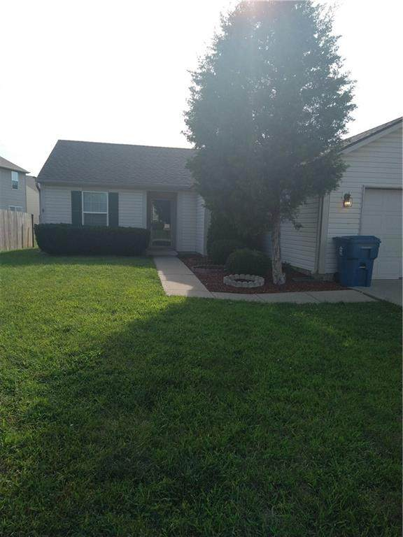 3910 Bressingham Drive, Indianapolis, IN 46235 (MLS #21812014) :: Mike Price Realty Team - RE/MAX Centerstone