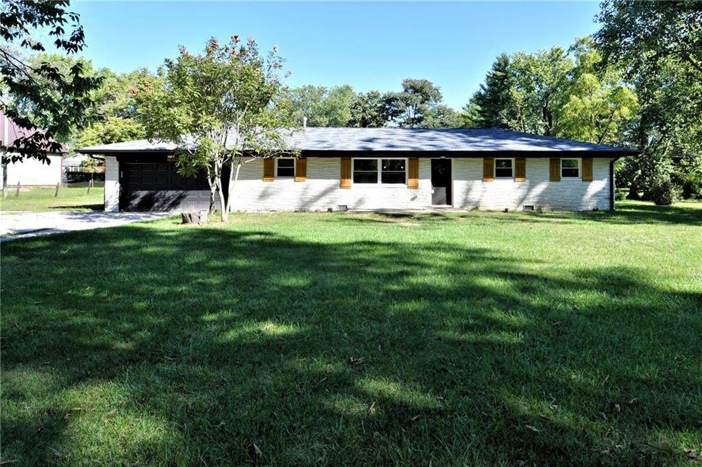 6284 Roselyn Drive - Photo 1