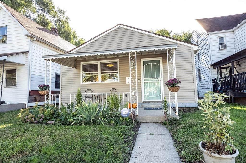 837 Birch Avenue - Photo 1