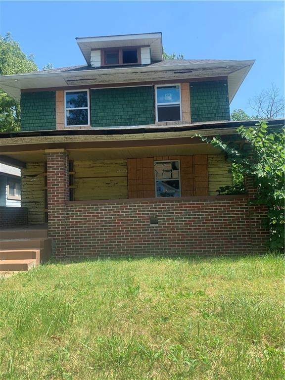 715 N Gladstone Avenue, Indianapolis, IN 46201 (MLS #21813212) :: The Evelo Team