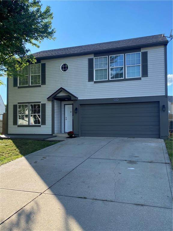 7160 Sun Court, Indianapolis, IN 46241 (MLS #21813617) :: Heard Real Estate Team | eXp Realty, LLC
