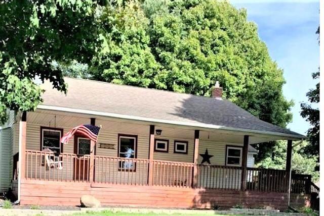 8591 Morgan Street, Stilesville, IN 46180 (MLS #21815683) :: The ORR Home Selling Team