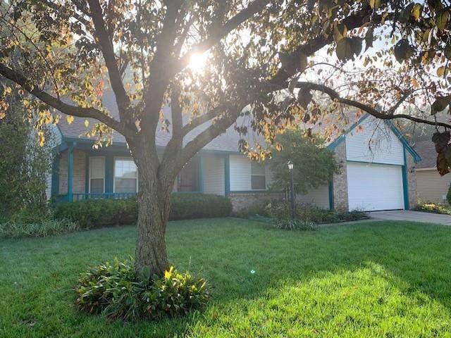 1545 N Wilford Lane, Indianapolis, IN 46229 (MLS #21818177) :: Heard Real Estate Team | eXp Realty, LLC