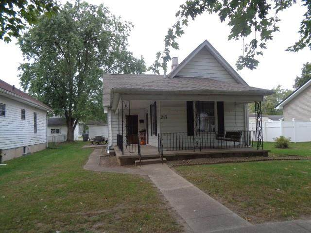 217 Emerson Drive, Seymour, IN 47274 (MLS #21819482) :: The Evelo Team