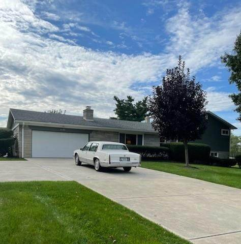 2195 Brewer Drive, Indianapolis, IN 46227 (MLS #21819516) :: JM Realty Associates, Inc.