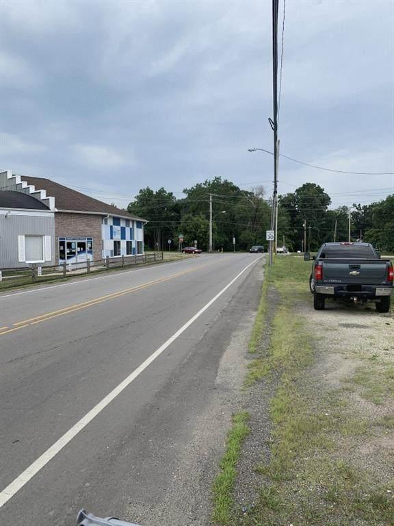 1018 W Washington Street, Hartford City, IN 47348 (MLS #21820449) :: The Evelo Team