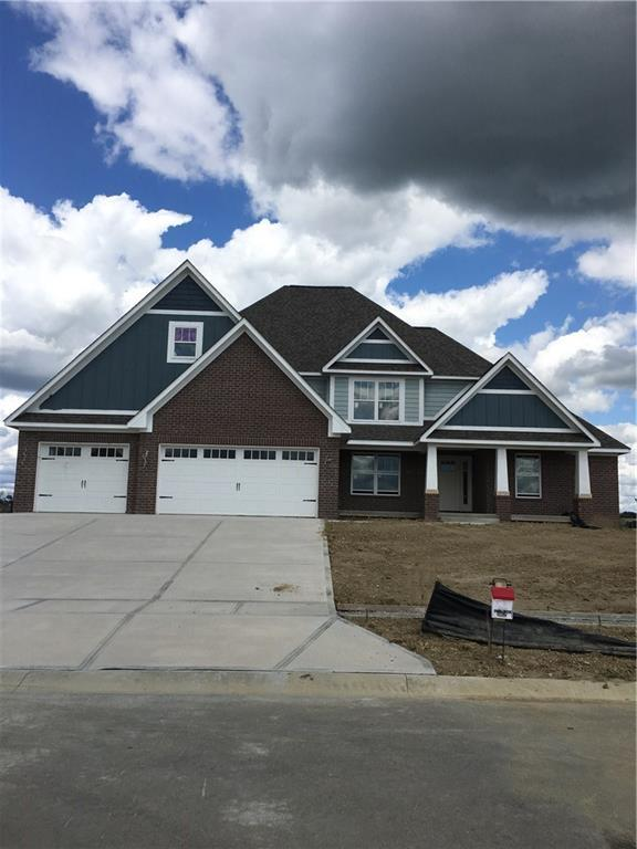 6108 W David Wayne Drive, New Palestine, IN 46163 (MLS #21523715) :: FC Tucker Company