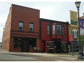 40 Public Square, Salem, IN 47167 (MLS #21544224) :: Indy Scene Real Estate Team