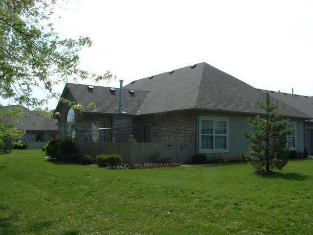 7648 Briarstone Lane, Indianapolis, IN 46227 (MLS #21546509) :: FC Tucker Company
