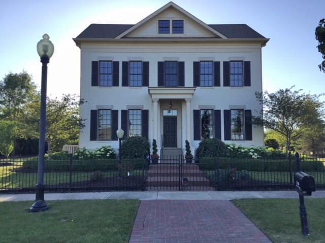 13148 Broad Street, Carmel, IN 46032 (MLS #21550132) :: Heard Real Estate Team