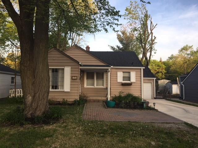 5754 N Keystone Avenue, Indianapolis, IN 46220 (MLS #21564535) :: RE/MAX Ability Plus